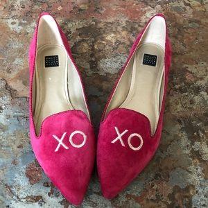 White House Black Shoes 9.5 Market Velvet XO Flats